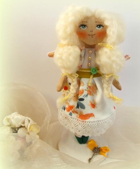 "Куколка-малышка ""Лесная фея Налини"" 18 см"
