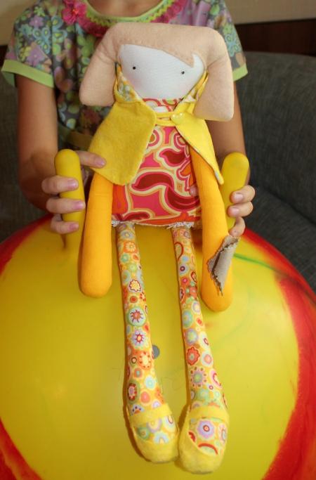 Кукла Юна 43 см
