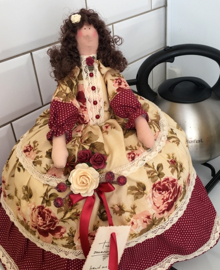 Тильда-грелка на чайник Марина 40 см