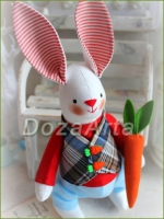 Тильда зайка Гаврюша с морковью 23 см