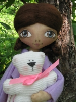 Кукла Вивиан - девочка в сиреневом жакетике с мишкой 33см