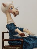 Бабушка-лошадка Рита 35 см